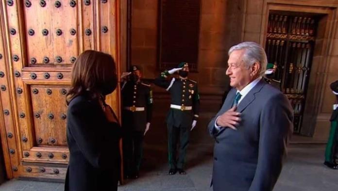 Recibe López Obrador a Kamala Harris en Palacio Nacional