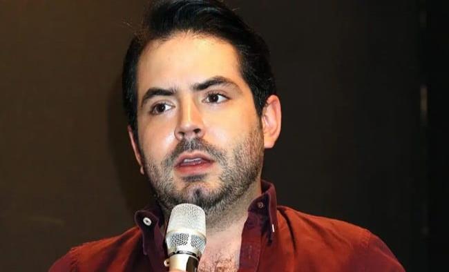 José Eduardo Derbez reaparece y aclara lo del robó de un celular
